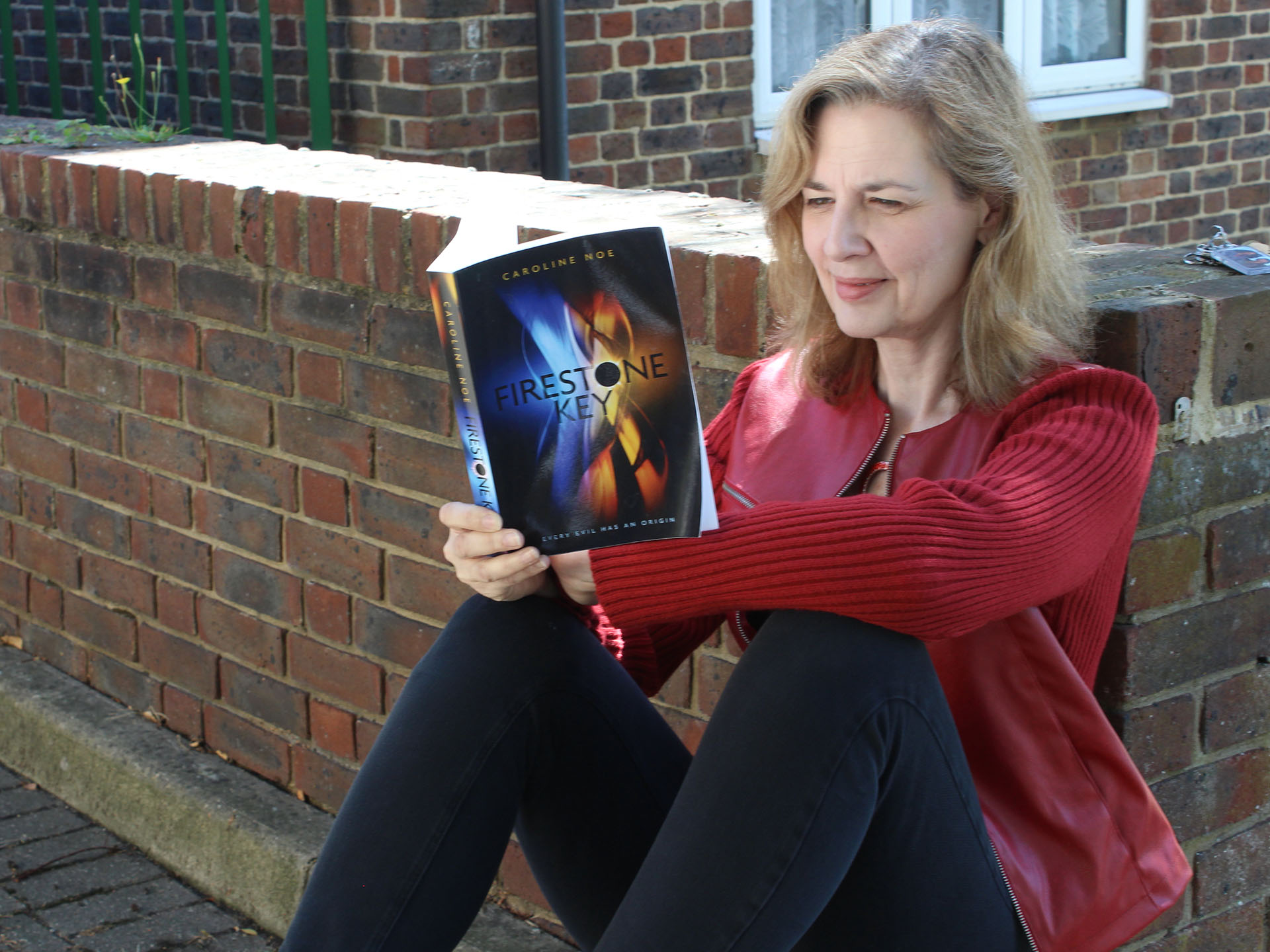 London's Published Author – Caroline Noe