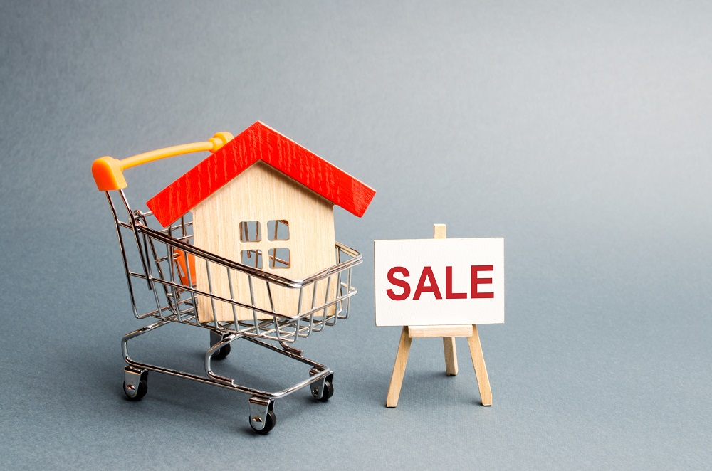 Should I buy or sell property in a recession?